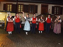 Auftritt Erwachsene beim Klingbachfest in Ingenheim