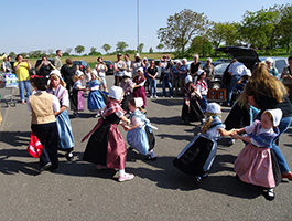 Auftritt der Kinder im Edeka Markt in Appenhofen
