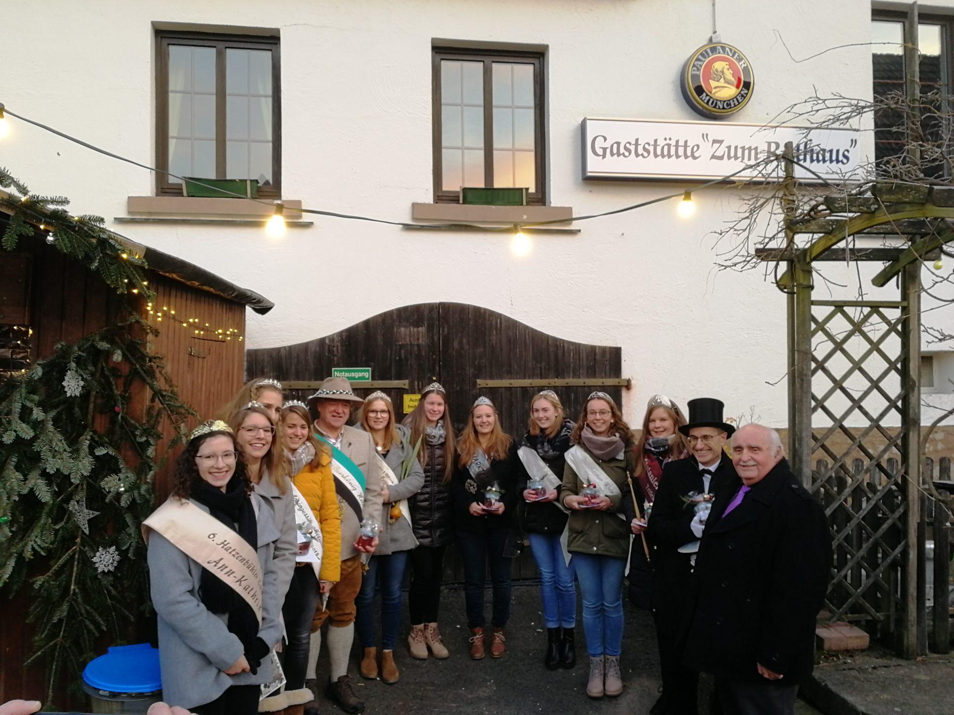 Franziska I. bei der Eröffnung des Dörrenbacher Weihnachtsmarktes