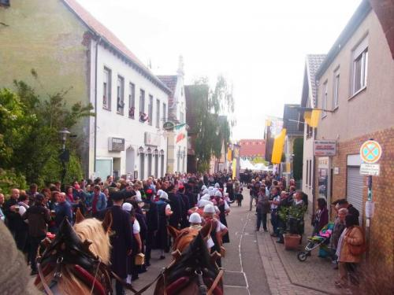 010-Umzug_Sonntag